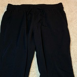 Old Navy Black Cropped Joggers